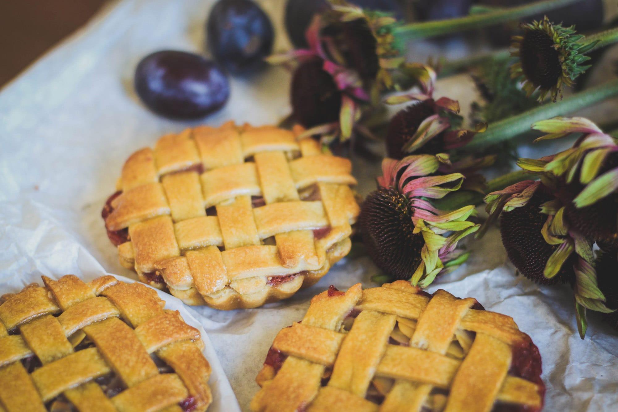 Tartelettes figues - quetsches - amandes {vegan}