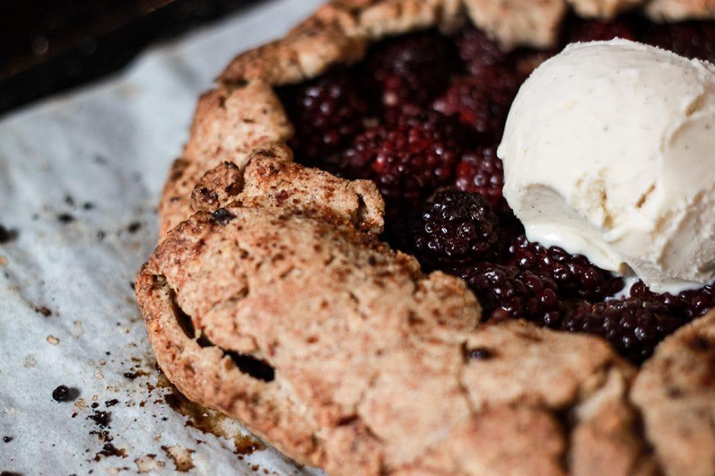 Bigoût / recette de tarte aux mûres et amandes