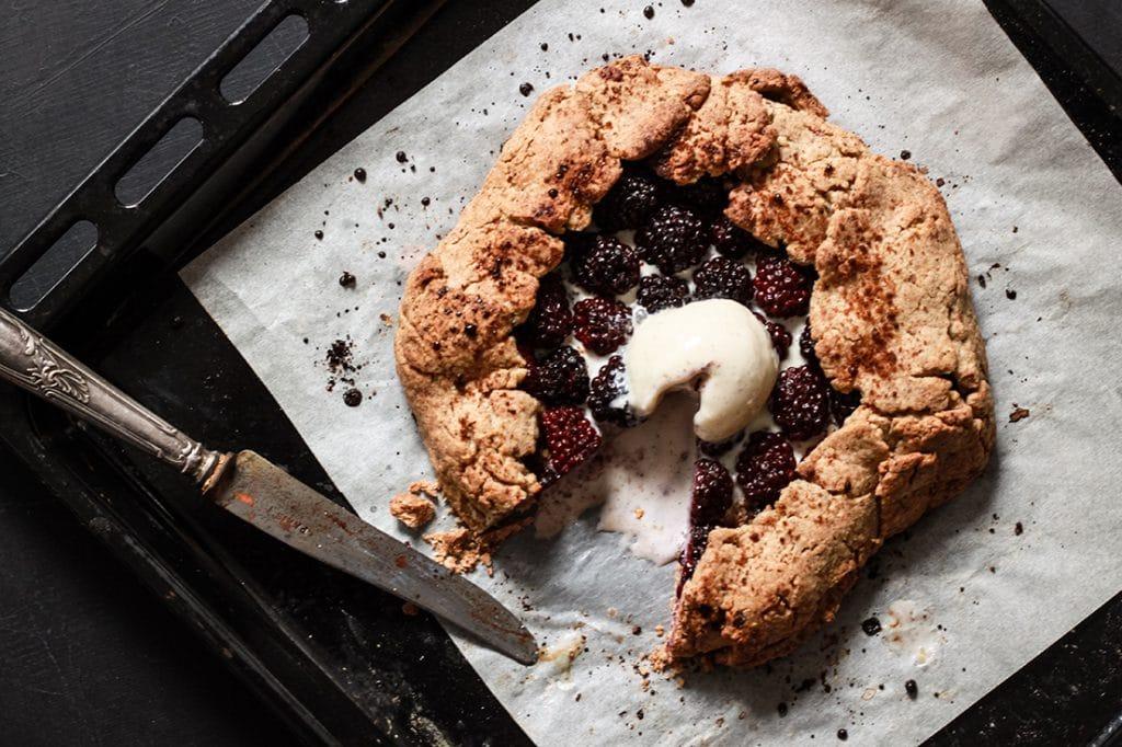 CapucineDinochau-Bigout-photographe culinaire-Lyon-tarte mures