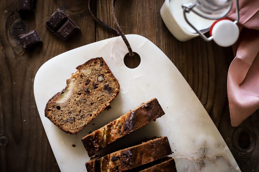 CapucineDinochau-Bigout-photographe culinaire-Lyon-recette de banana bread chocolat noisette