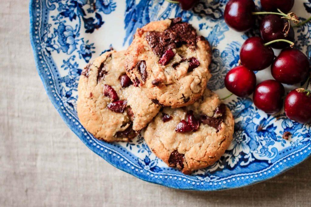 CapucineDinochau-Bigout-photographe culinaire-Lyon-cookies avoine chocolat noix cerises sans gluten