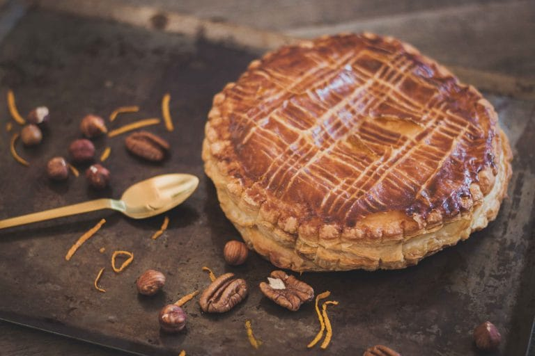 CapucineDinochau-Bigout-photographe culinaire-Lyon-galette pecan noisette orange