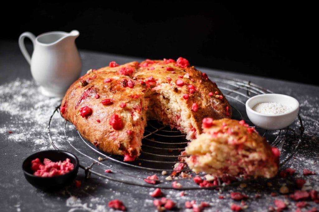 CapucineDinochau-Bigout-photographe culinaire-Lyon-brioche pralines roses