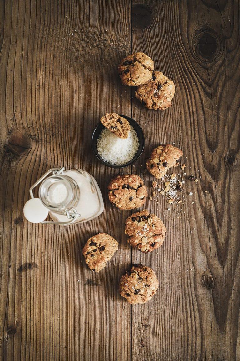 CapucineDinochau-Bigout-photographe culinaire-Lyon-recette de cookies à l'avoine cacahuète et chocolat
