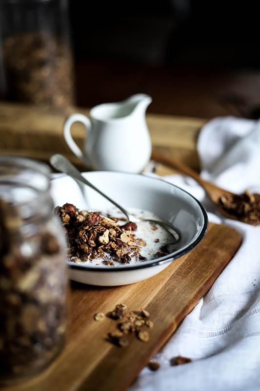 CapucineDinochau-Bigout-photographe culinaire-Lyon-recette de granola au chocolat